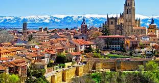 """عاصمة الدولة الأسبانية """"مدريد"""" تتميز بالمعالم السياحية"""